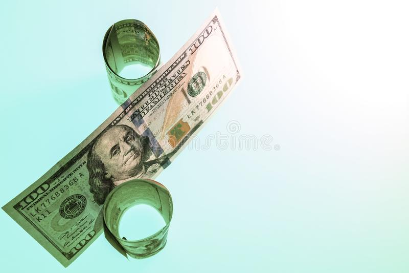 Percentagesymbool uit de V.S. honderd dollarsrekeningen wordt samengesteld die Het gebruik als behang, patroon vult of een neutra royalty-vrije stock fotografie