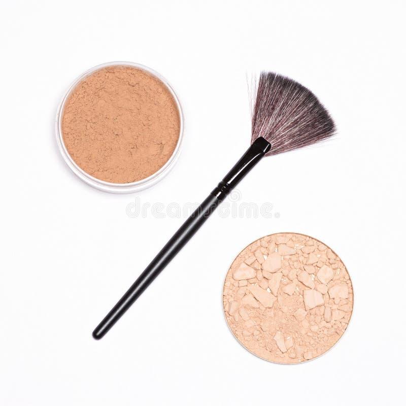 Percententeken van borstel met poederkruiken - het concept van de make-upverkoop royalty-vrije stock afbeelding