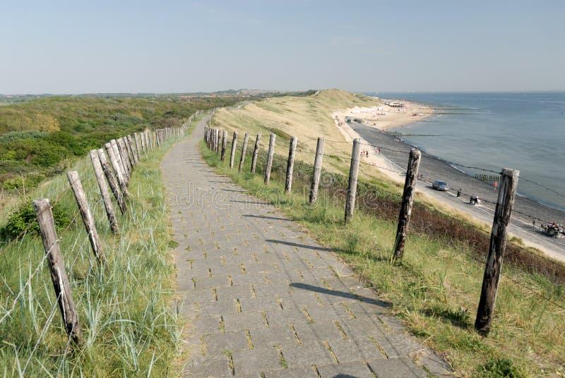 Percorso sulla parte superiore delle dune fotografia stock