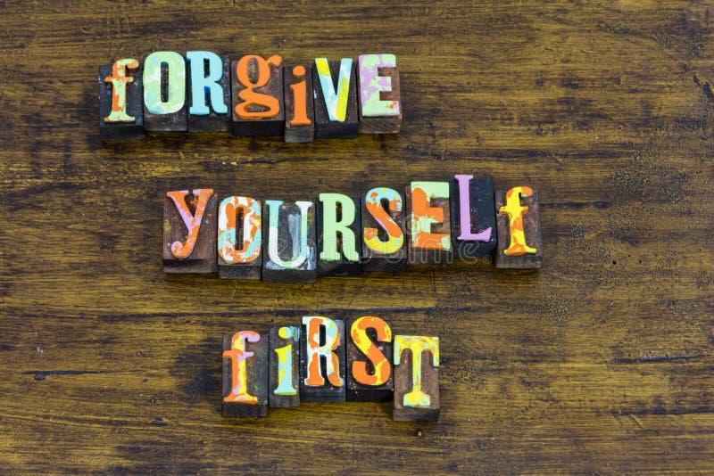 Perdónese el primer amor propio mueven adelante amor del acceptence fotografía de archivo libre de regalías