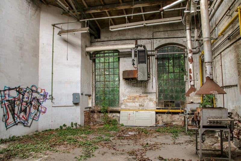 Perdido coloque a garagem da estrada de ferro fotografia de stock