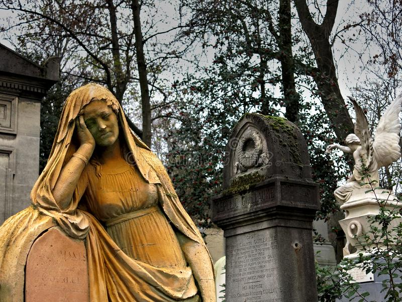 Pere Lachaise`s Grieve stock images
