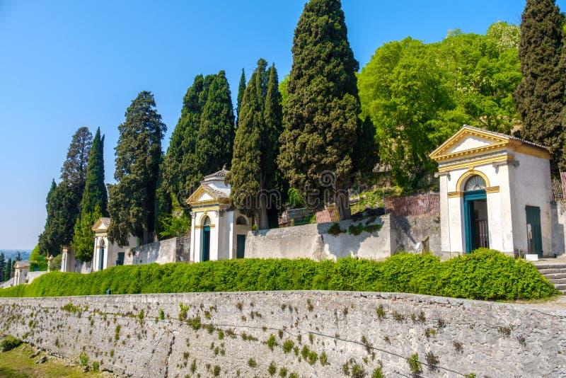 Peregrinação das igrejas de Sette Chiesette sete do delle de Monselice Colli Euganei Padua Vêneto Santuario fotografia de stock