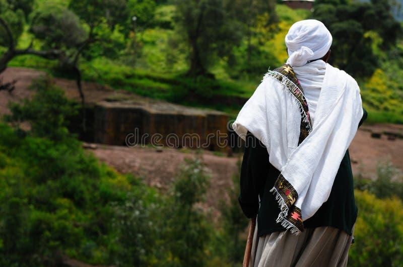 Peregrino etíope en Lalibela foto de archivo
