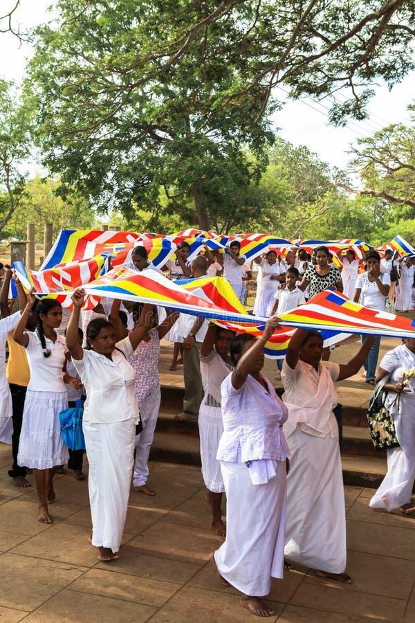 Peregrinos em Anuradhapura, Sri Lanka imagens de stock