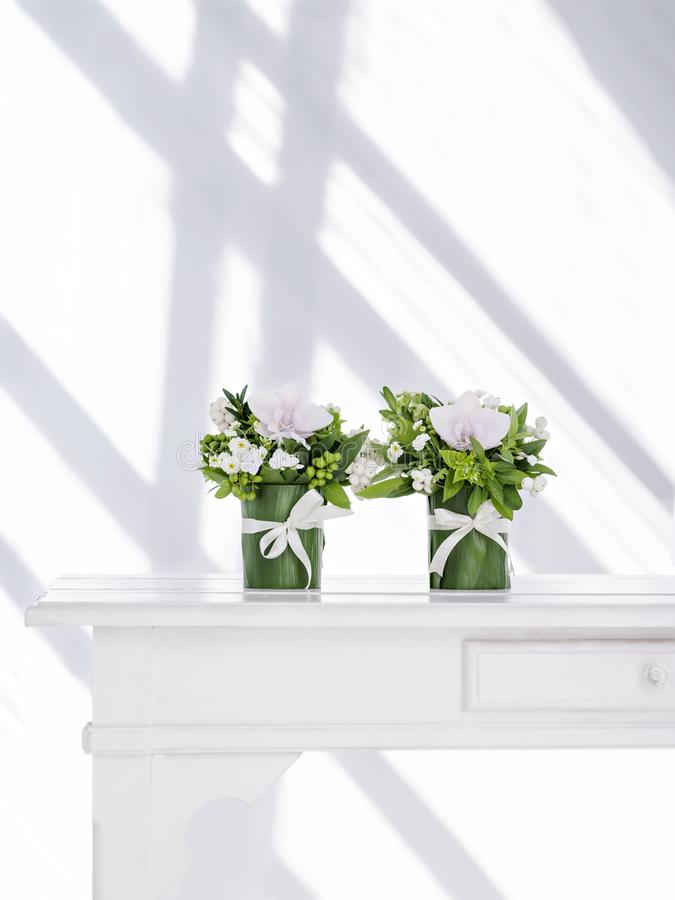 Perfect białych kwiatów bukiet obraz royalty free