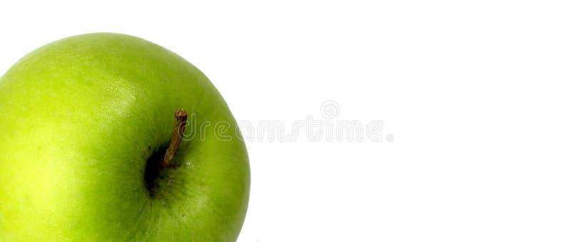 Perfect zielony jabłka zakończenie up i odosobniony fotografia royalty free