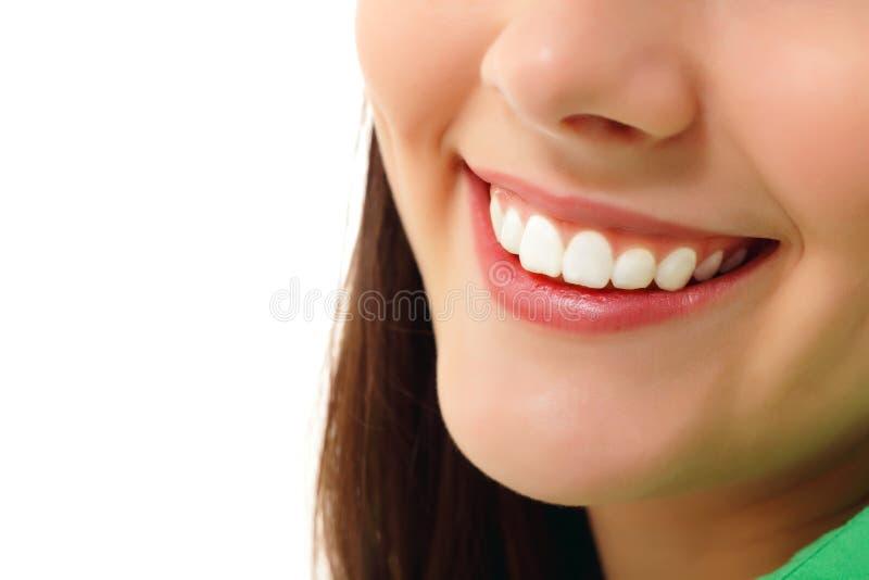 Perfecte glimlach gezonde tand stock foto's