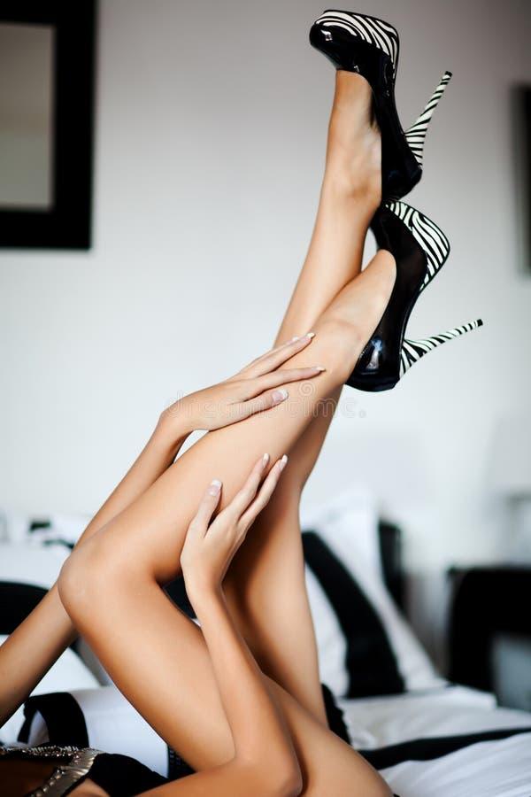 Perfecte lange benen stock fotografie