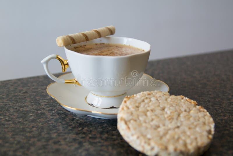Perfecte ochtend Kop van koffie royalty-vrije stock afbeeldingen