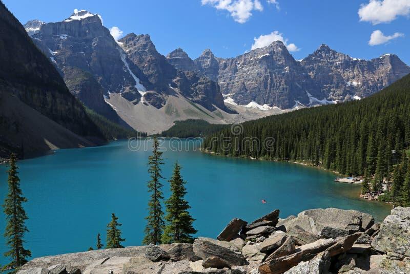 Perfection de moraine de lac photographie stock libre de droits
