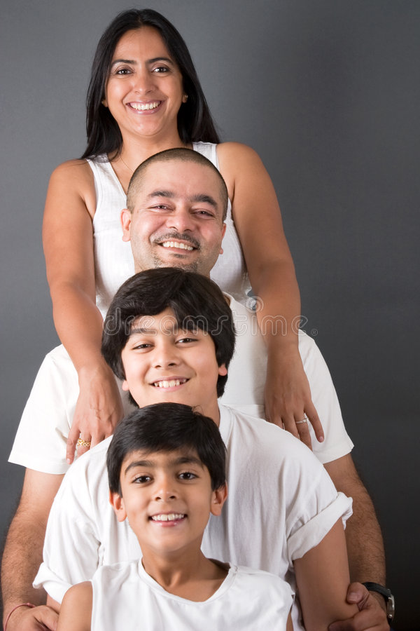 perfekt familjindier royaltyfria bilder