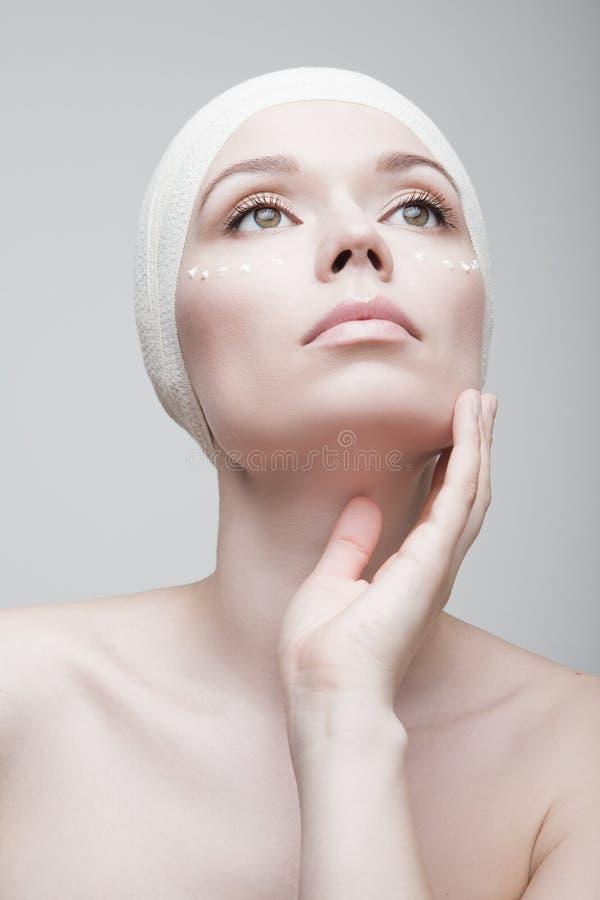 perfekt hud Kvinna royaltyfri foto