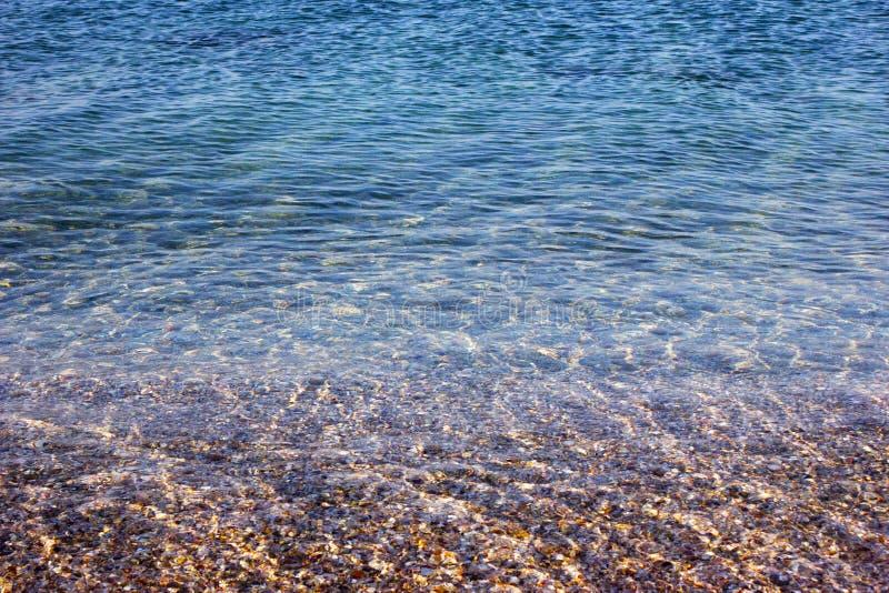 Perfekt rengöring och genomskinlig botten i havet arkivbilder