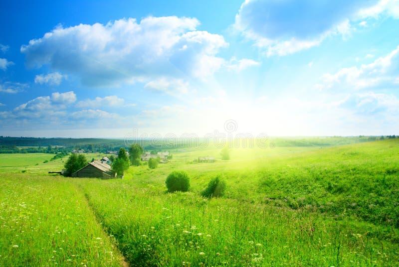 perfekt sommarby för dag arkivbild