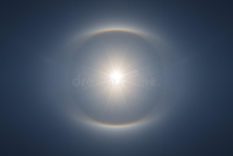 Perfekt symmetrisk solgloria royaltyfri foto