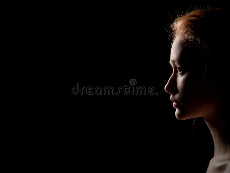 Perfil Da Mulher Triste Foto De Stock Imagem De Noite