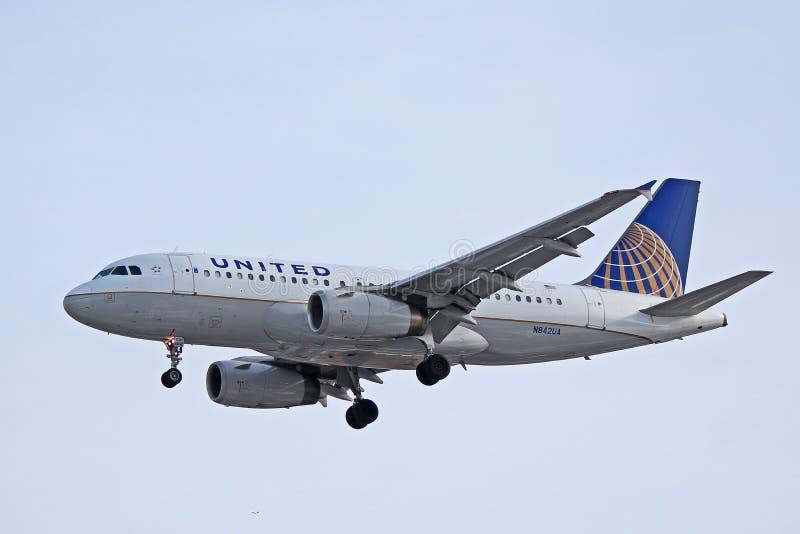 Perfil de United Airlines Airbus A319-100 imagen de archivo