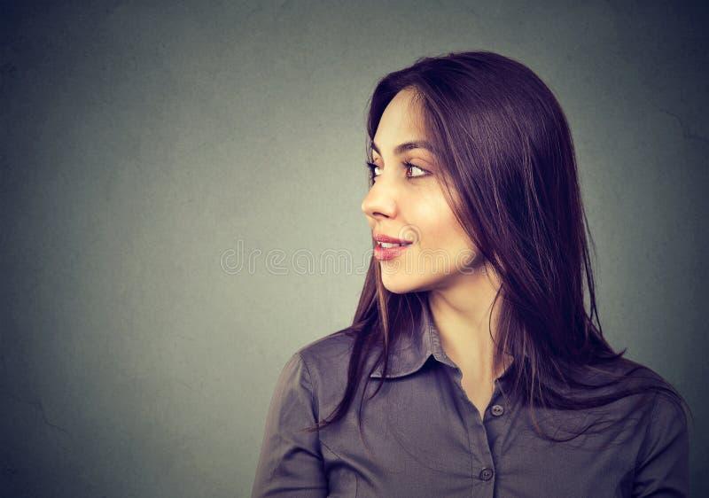 Perfil lateral de la mujer hermosa fotografía de archivo