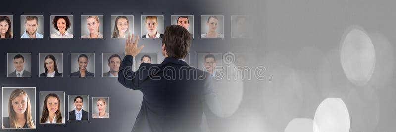 Perfiles conmovedores del retrato del hombre de diversa gente fotos de archivo