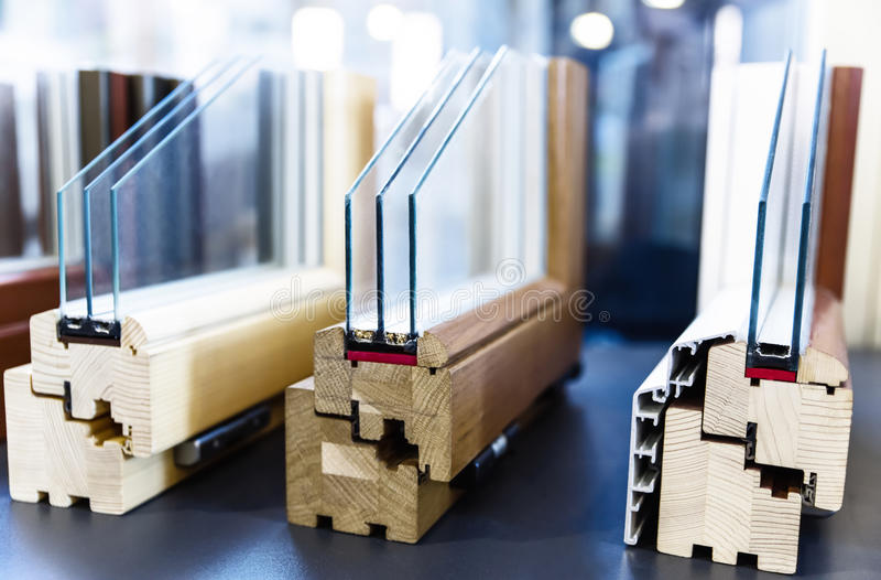 Perfiles de madera de la ventana imagen de archivo libre de regalías