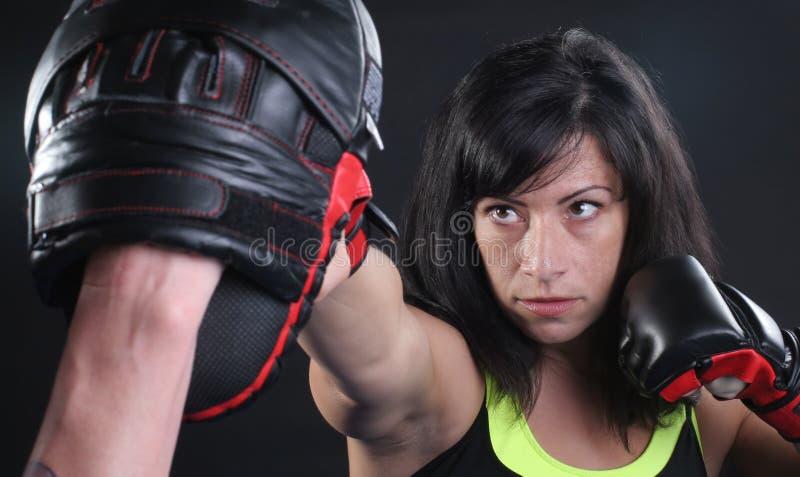 Perforateur de visage de MMA photo libre de droits