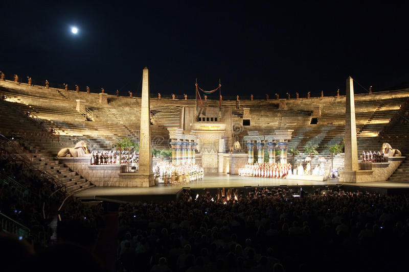 Download Performance Of Aida In The Arena Editorial Image - Image: 34266125