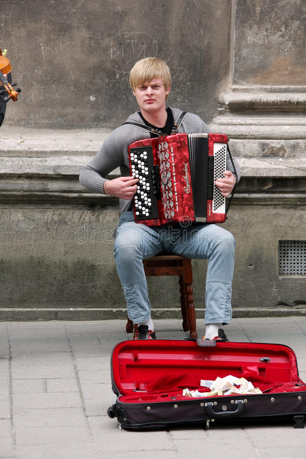 Performance of street musicians is in Lviv royalty free stock photos