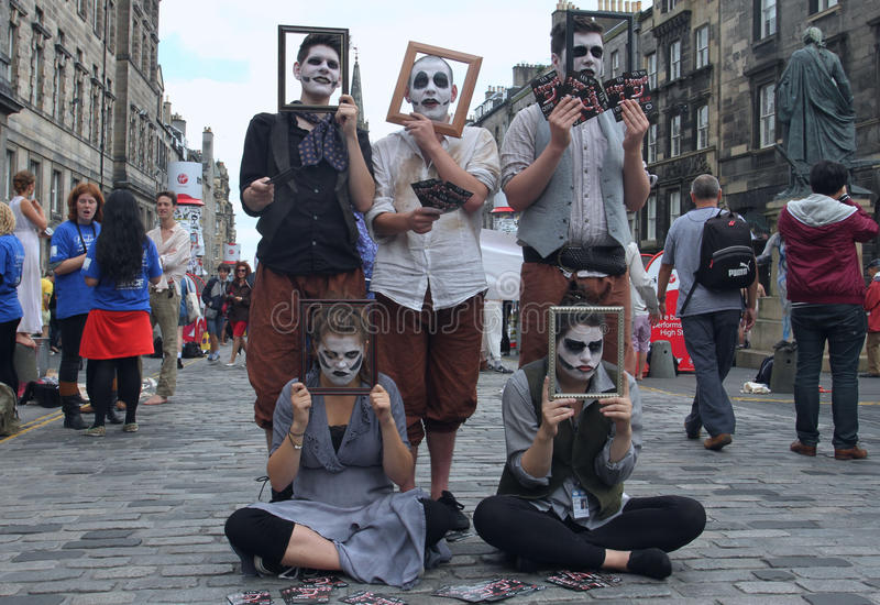 Download Performer During Edinburgh Fringe Festival Editorial Stock Photo - Image of 2012, scottish: 26135638