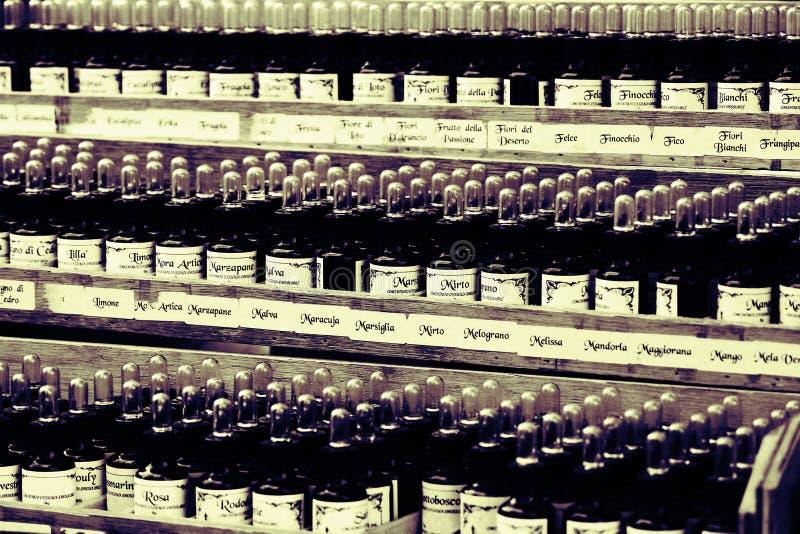 Perfumes velhos imagens de stock
