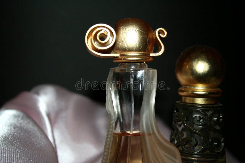 perfumy 2 obecny fotografia stock