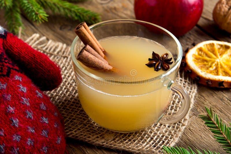 Perfurador do rum da sidra de maçã fotografia de stock