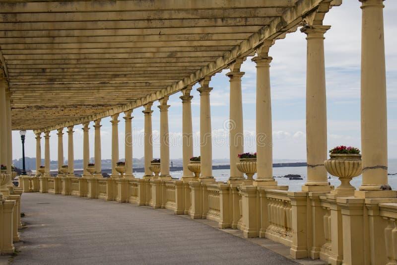 Pergola av Foz kust- promenad p? Atlanticet Ocean i Porto arkivbild