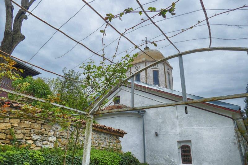 Pergola et dôme de l'église des 40 martyres photo stock