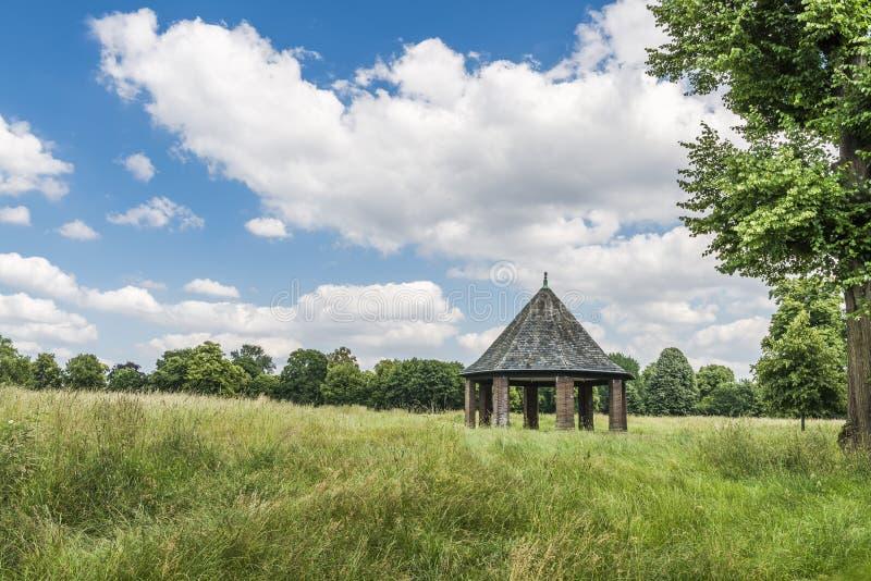 Pergola i Hyde Park, London arkivfoton