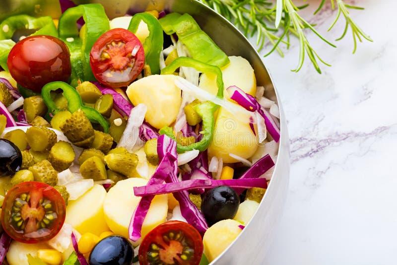 Periñaca sano y fresco de la ensalada, piriñaca foto de archivo