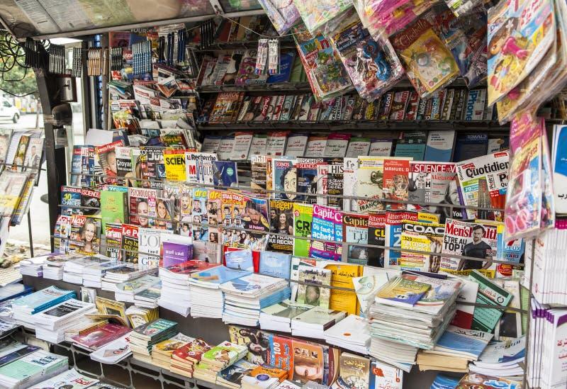 Periódico en Meknes, Marruecos imagen de archivo libre de regalías