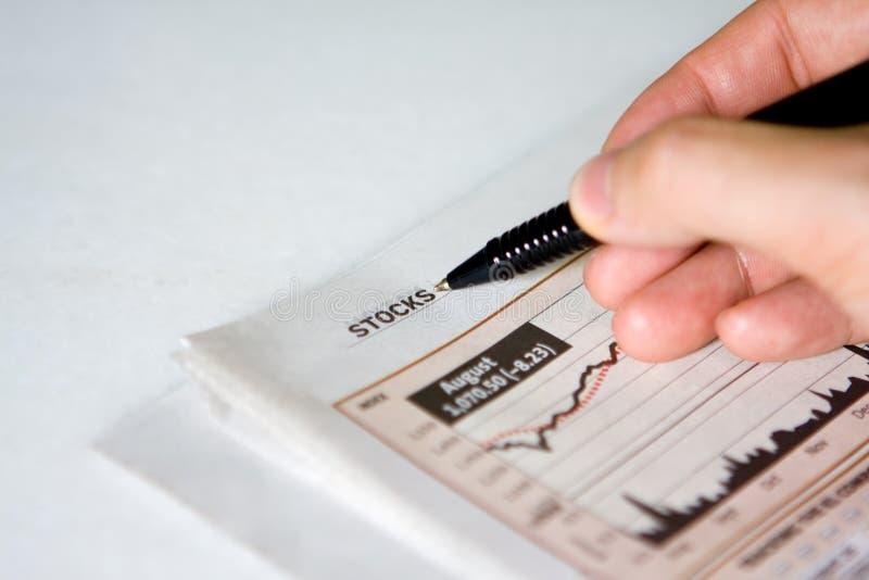 Periódico financiero foto de archivo