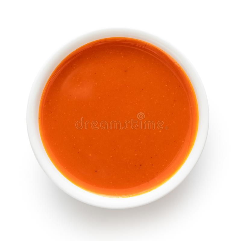 Peri peri chili kumberland w białym ceramicznym pucharze odizolowywającym na bielu z góry zdjęcie stock