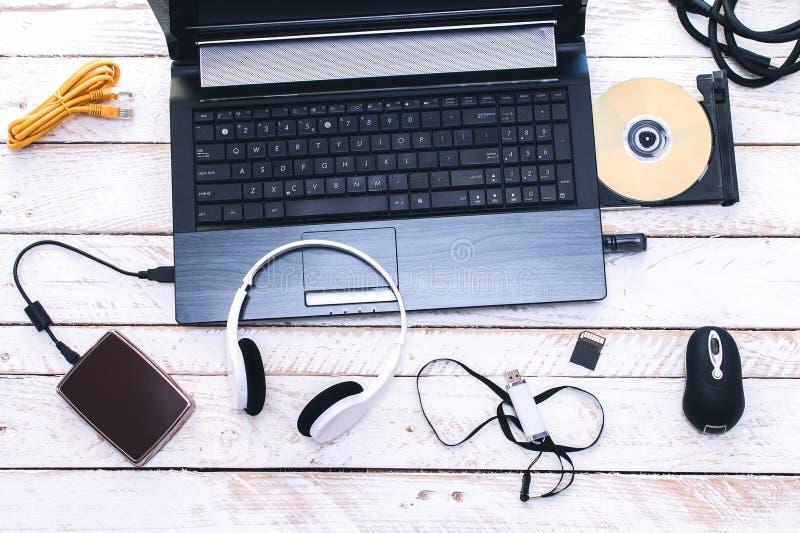 Periférico de ordenador y accesorios del ordenador portátil imagen de archivo