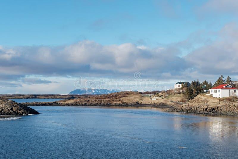 Periferia di Borgarnes, Islanda ad ovest nell'inverno immagine stock
