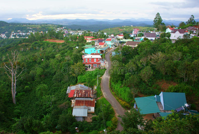 Periferia di Dalat, paese del Vietnam fotografie stock libere da diritti