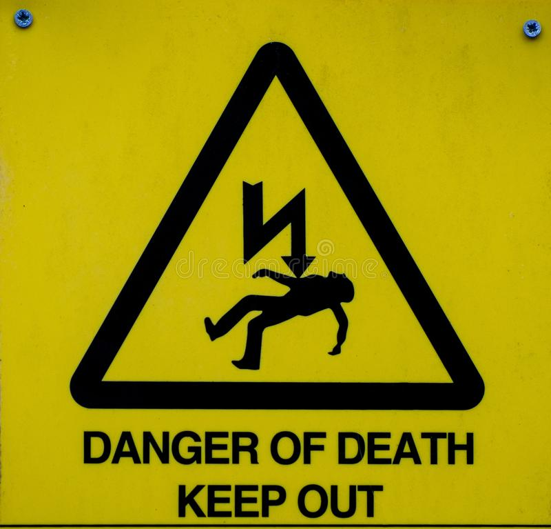 Perigo do sinal da morte, sinal de aviso fotos de stock