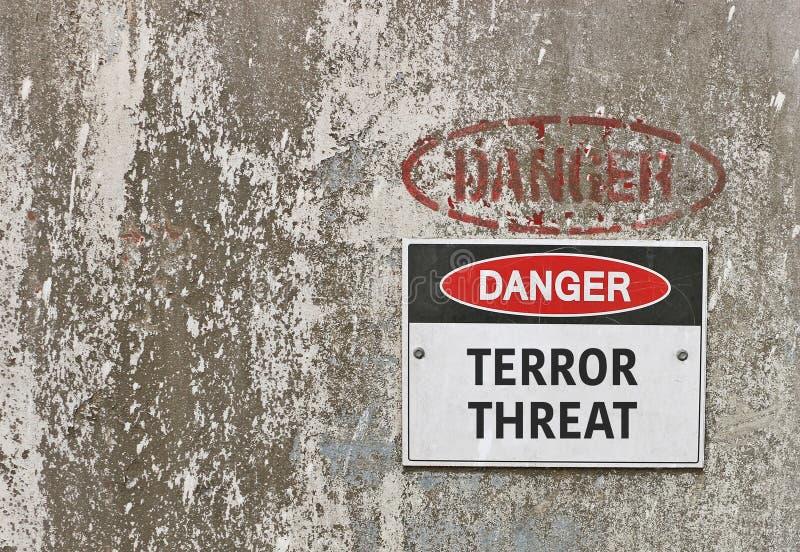 Perigo vermelho, preto e branco, sinal de aviso da ameaça do terror imagem de stock