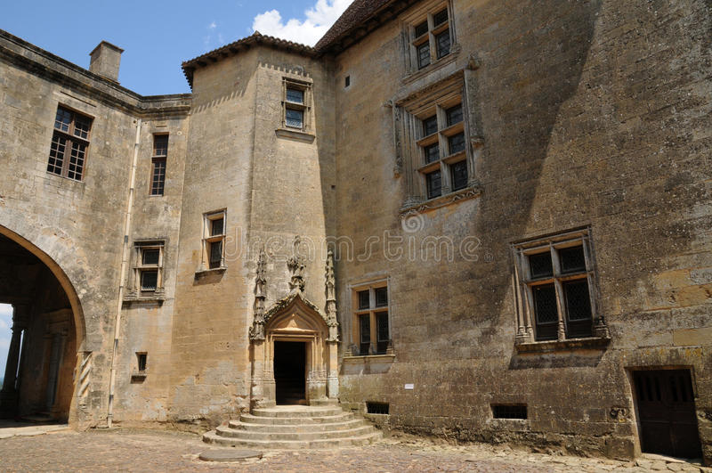 Perigord, le château pittoresque de Biron dans Dordogne photo libre de droits