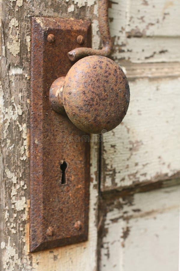 Perilla de puerta vieja fotografía de archivo