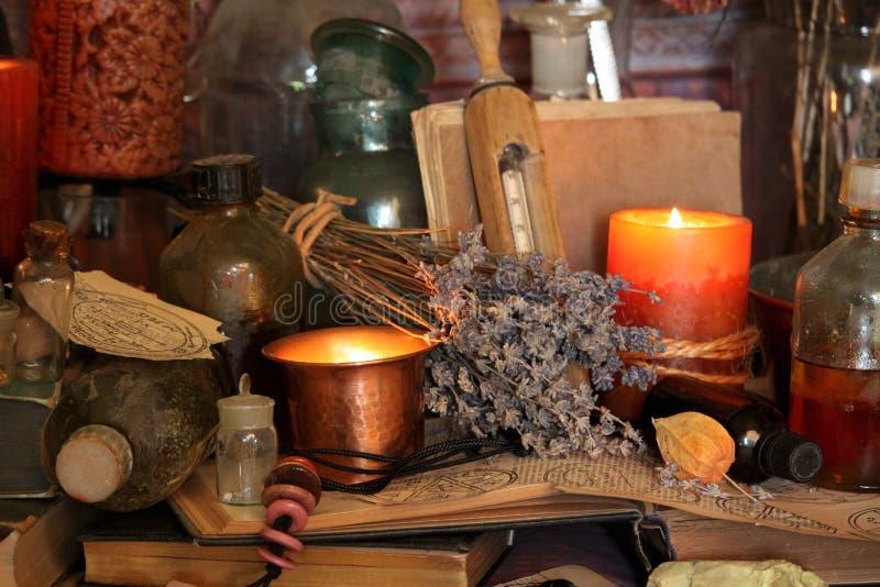 Periodi magici neri Periodi di Wiccan fotografie stock