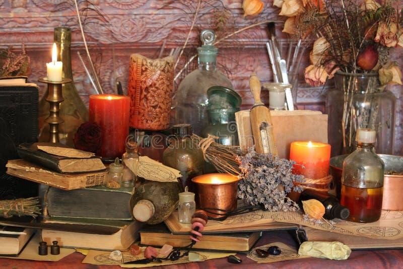 Periodi magici neri Periodi di Wiccan fotografie stock libere da diritti