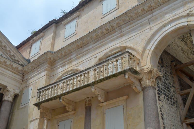 Peristil del palacio de Diocletian en fractura el 15 de junio de 2019 Algunos episods del juego de tronos filmaron t imágenes de archivo libres de regalías