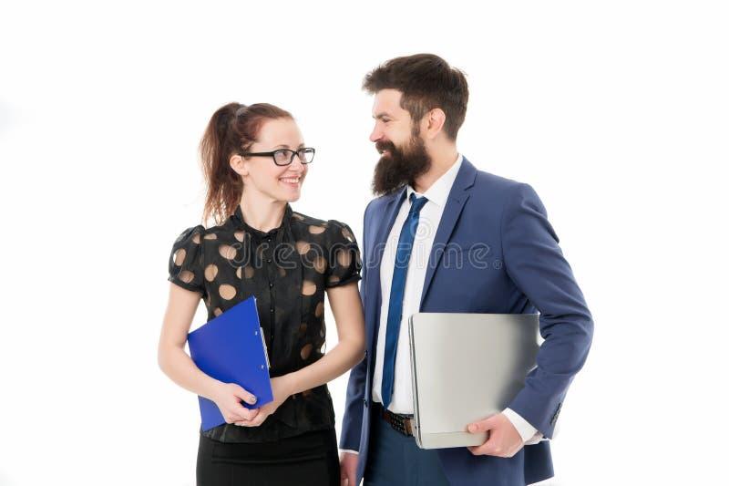 Perito financeiro com portátil Neg?cio de consulta do homem e da mulher :   Parceria e imagem de stock royalty free